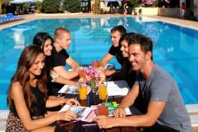 2012 malta pool panorama 0223 web1024x768 03 86 287x192 1 - Wakacyjne kursy jezykowe za granica